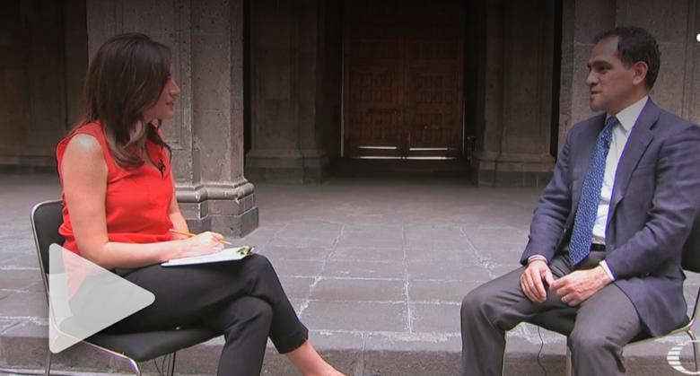 Entrevista con el Secretario de Hacienda Arturo Herrera